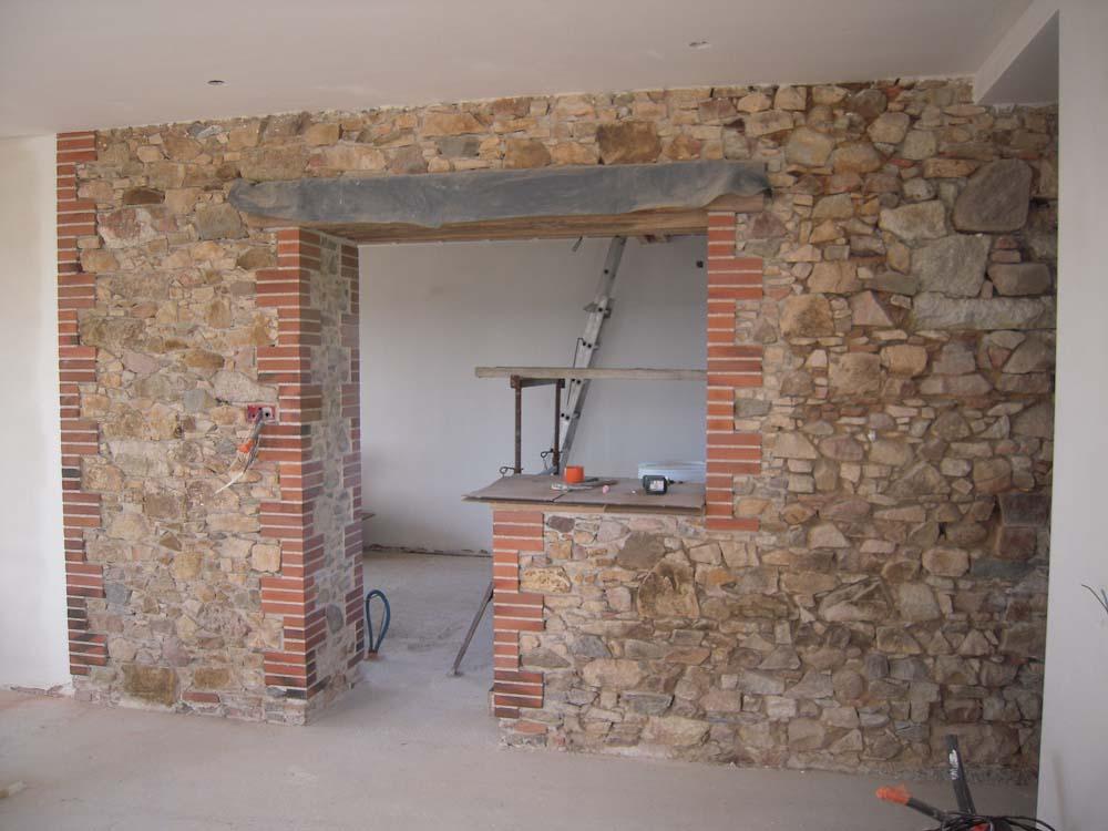 Mur intérieur en maçonnerie de pierre